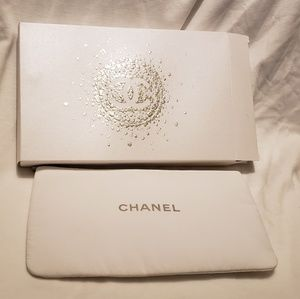 Chanel cosmetic bag
